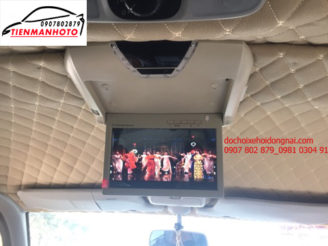 màn hình ốp trần cho ô tô